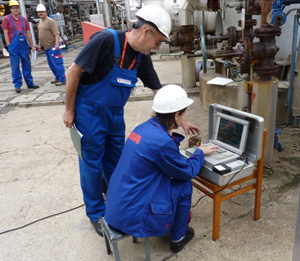 The information in a smart device is like a window into the equipment and process. (Source: MOL Danube Refinery)